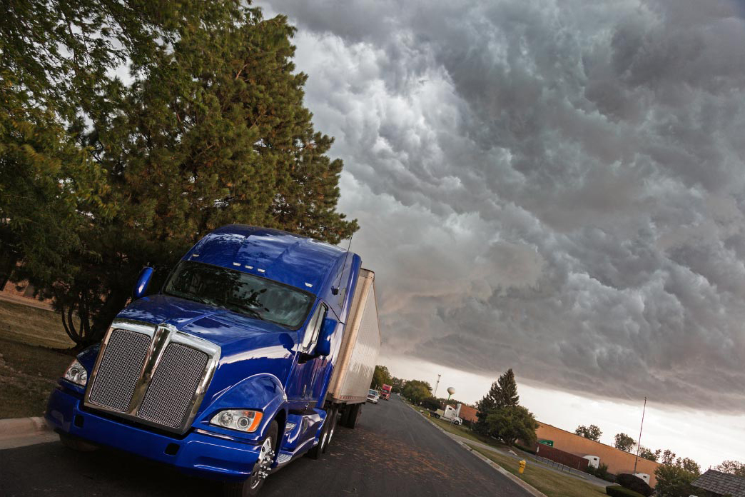 How to Find the Best Trucking Jobs