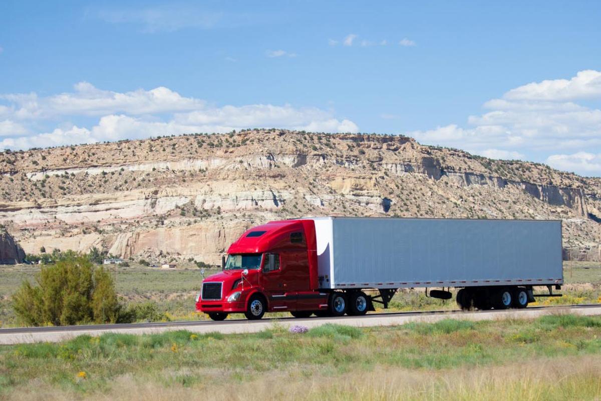 Best Trucking Jobs: Get a Hefty Pay as a Truck Driver