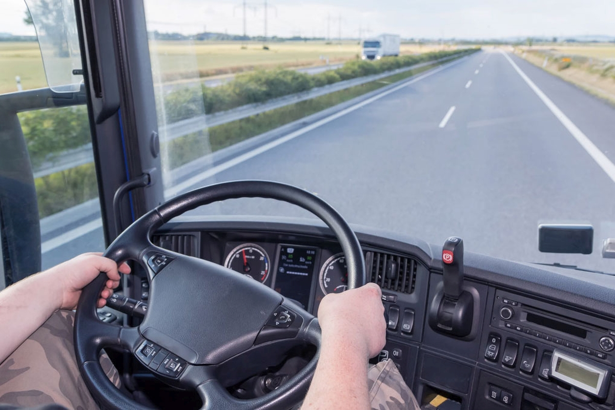 Trucking Jobs: Is it the Right Thing for You